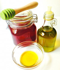 Honey and Olive Oil Hair Mask | Deep Conditioning for Silky Tresses
