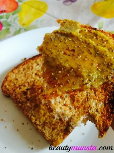 Pineapple chia jam toast for a healthy and yummy breakfast!